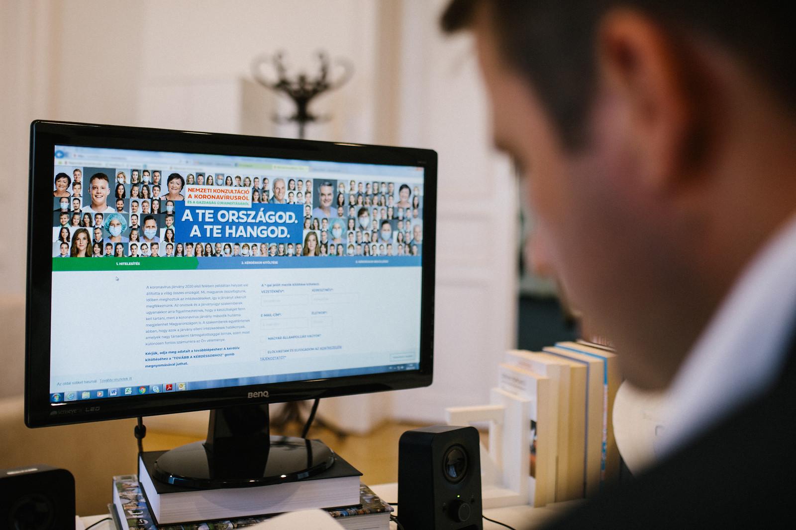 mennyit kereshet az internetes konzultációk során dolgozott már valaki az interneten