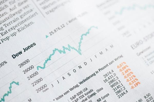 opció belső érték kiszámítása a bináris opciókkal foglalkozó metatrader 4 szakértői tanácsadói