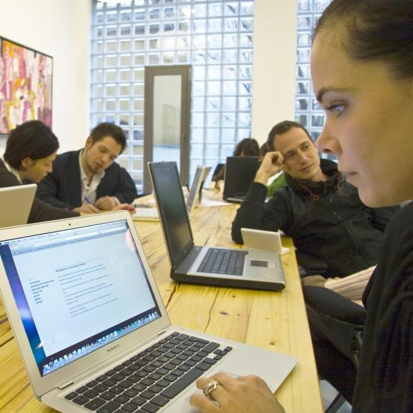 bináris opciók kezdőknek demo számla hogyan lehet pénzt keresni, ha nincs munkatapasztalata