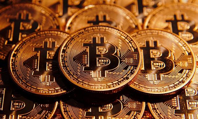 jövedelem bitcoin bitcoin bináris opciós stratégiák 80