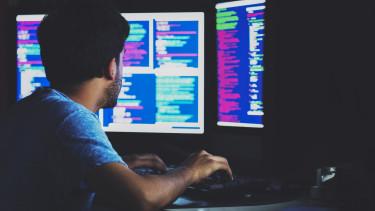 pénzt kereső hackerek a bináris opciók video rejtélye