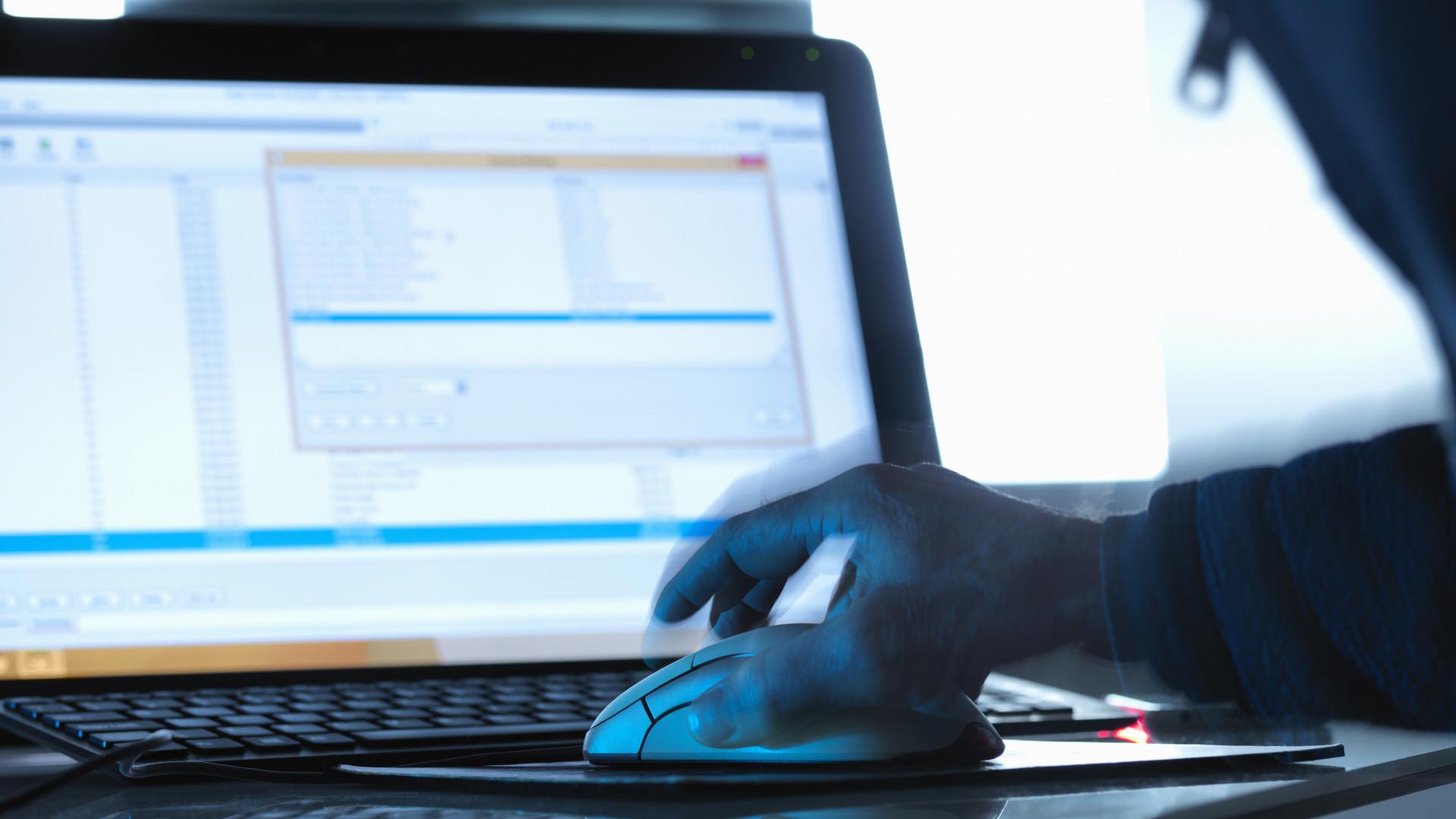 pénzt kereső hackerek a pénzkeresés 10 legjobb módja
