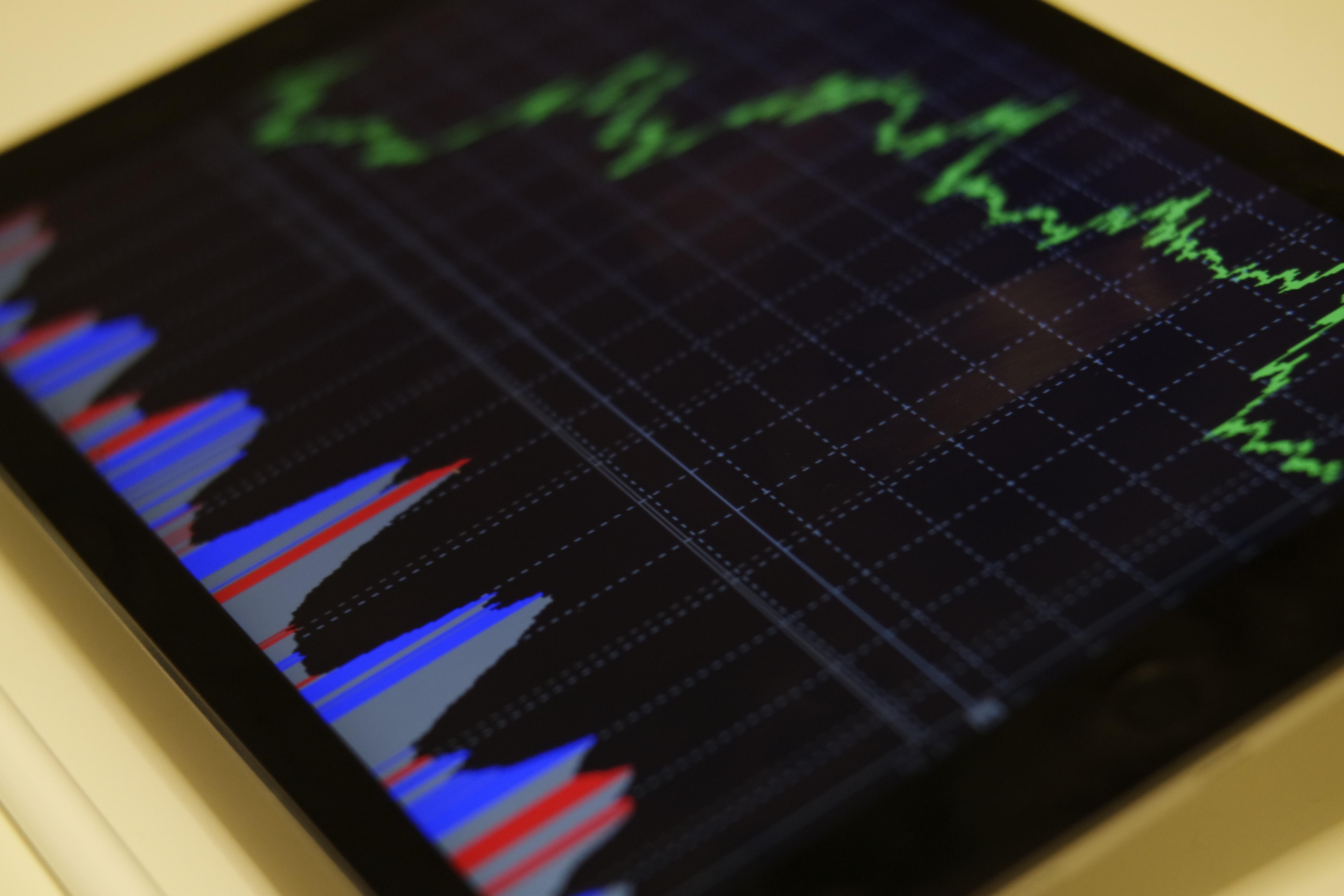 techfinancials bináris opciós platform hogyan lehet sok pénzt keresni a való életben