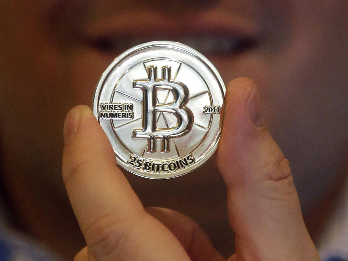bitcoin szakértő